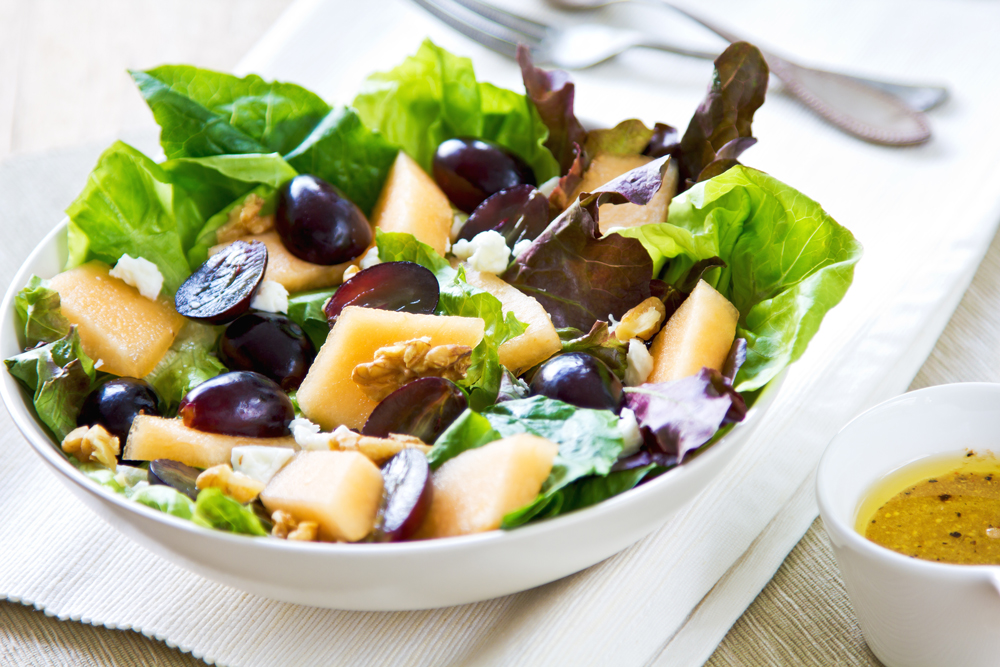 Spinach, Grape and Sunflower Seed Salad