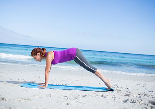 Beach Workout Inchworm