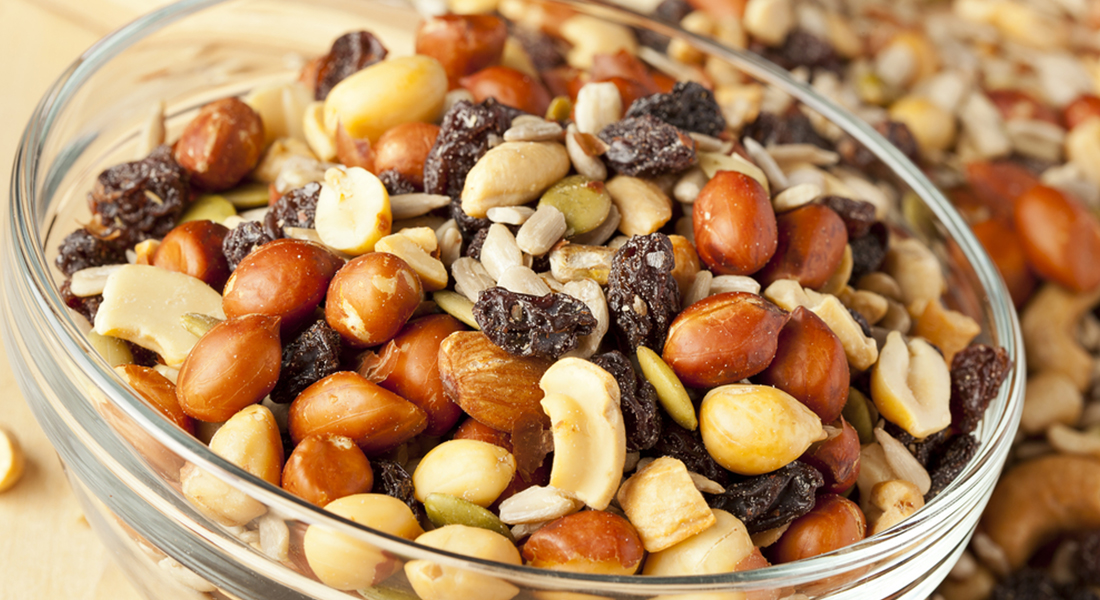 fruit-and-nut-trail-mix