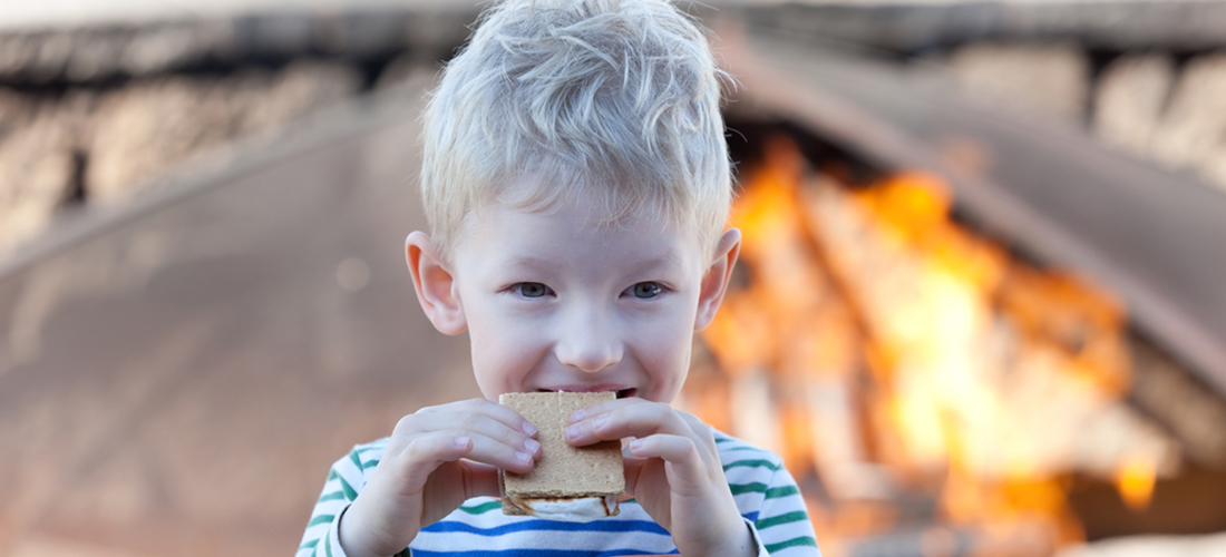 kid-eating-smores