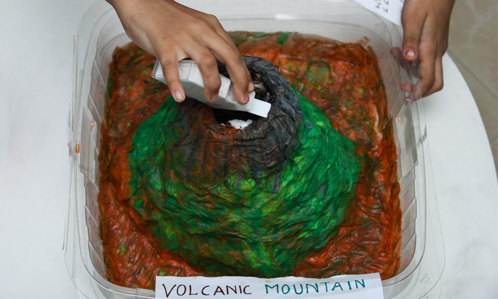 kids-volcano
