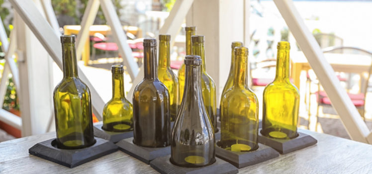 Make beautiful crafts from wine bottles