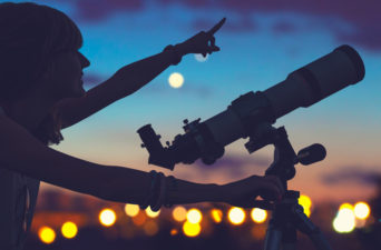 Organize a Stargazing Event Today