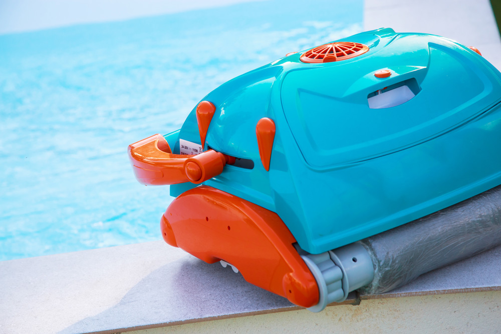 Smart pool tech lets robots clean your pool