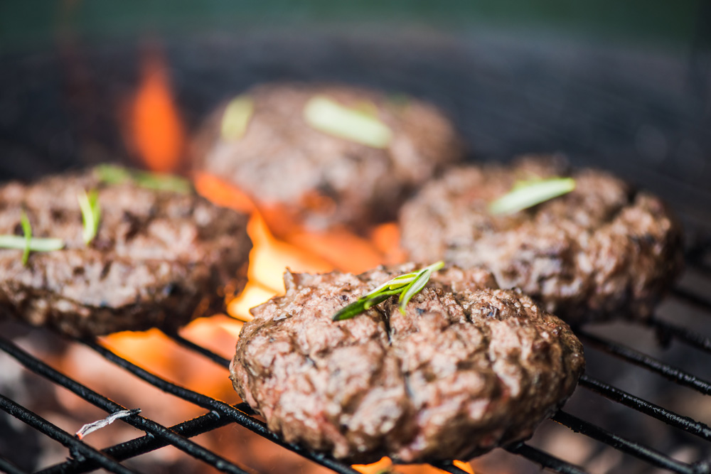 a good burger recipe is critical to grilling success
