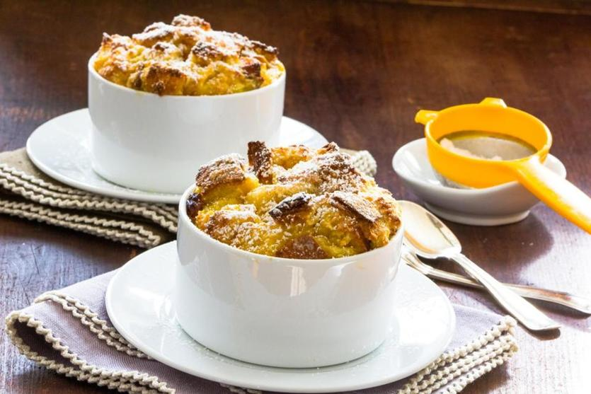 Turn thanksgiving leftover rolls into bread pudding